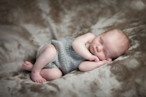 posed newborn session - chester nh